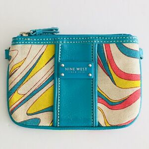 Nine-West-Wristlet-Blue-Patent-Multicolor-Clutch-Bag-Purse-With-Zipper