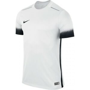 67459806d417 Image is loading Mens-NIKE-Laser-III-Football-Shirt-Size-XL-