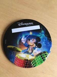 Exclusive Badge Button Disneyland Paris Mickey 90 Years Anniversary Christmas
