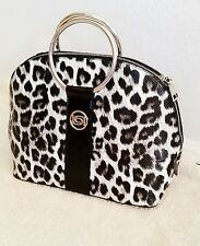 100% AUTHENTIC  NWT BEBE ANIMAL PRINT  SHOPPER  LOGO  HAND BAG