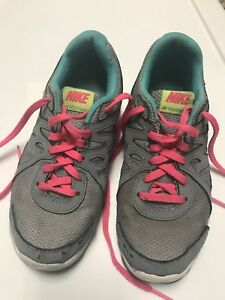 eced550e4b Nike size 5 Y Girls Youth Revolution 2 Running Shoes Style Gray ...