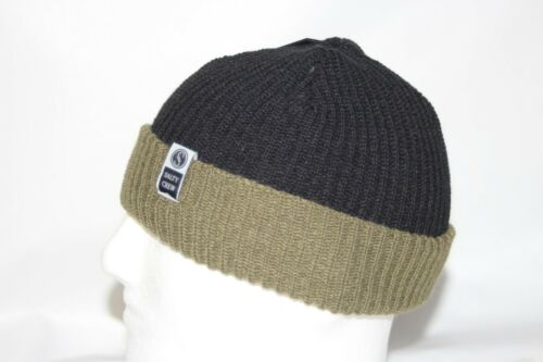 Salty Crew Alpha Cuff Beanie Knit Style in Black /& Olive