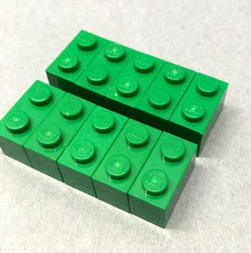 2 x 1 Green 10 Lego Bricks 1 x 2 Free P/&P Part 3004
