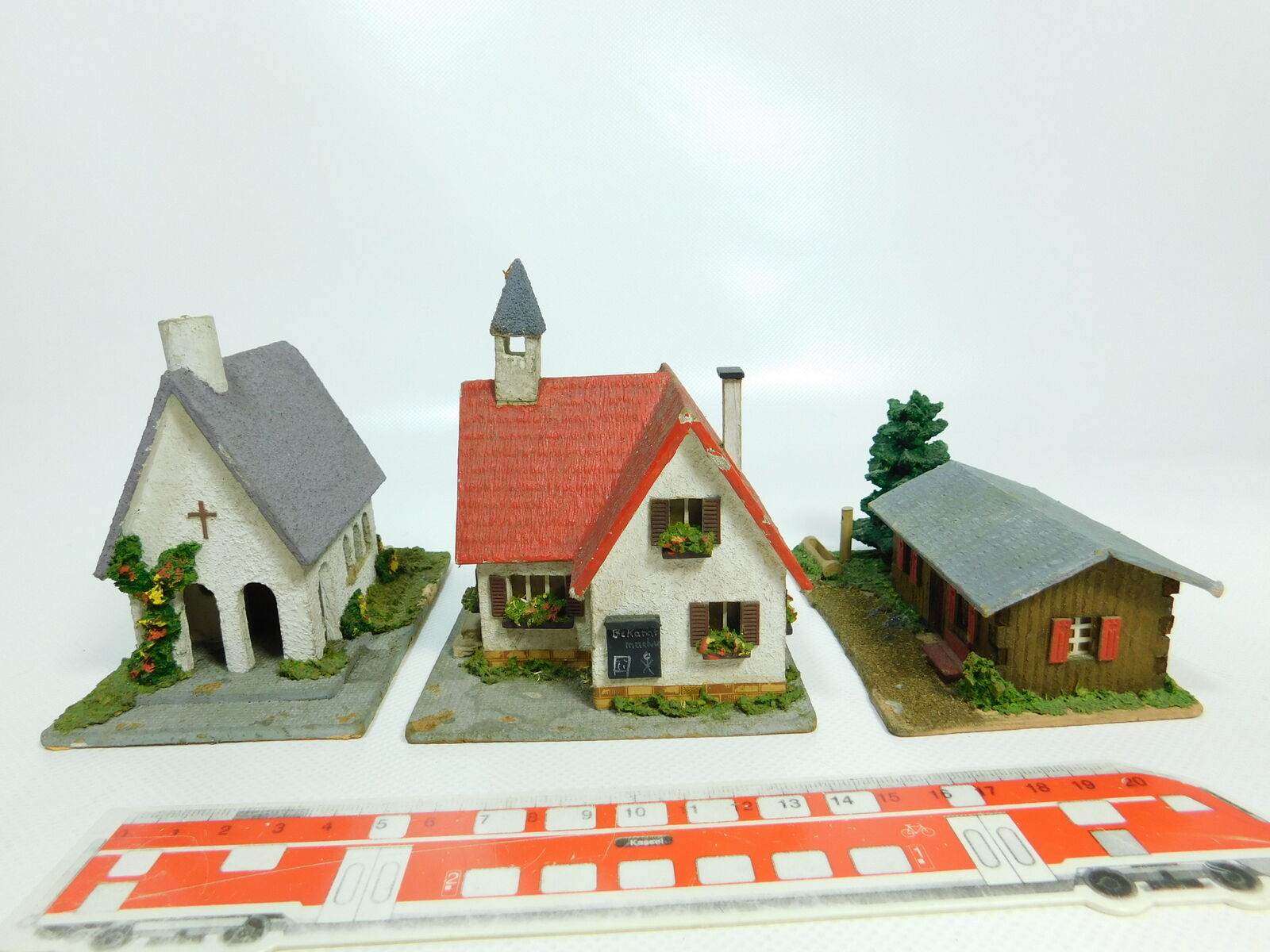 BH375 -1 x Holz -modellllerlerle H0  00 Church, City Hall Mountain Hut 6468 R