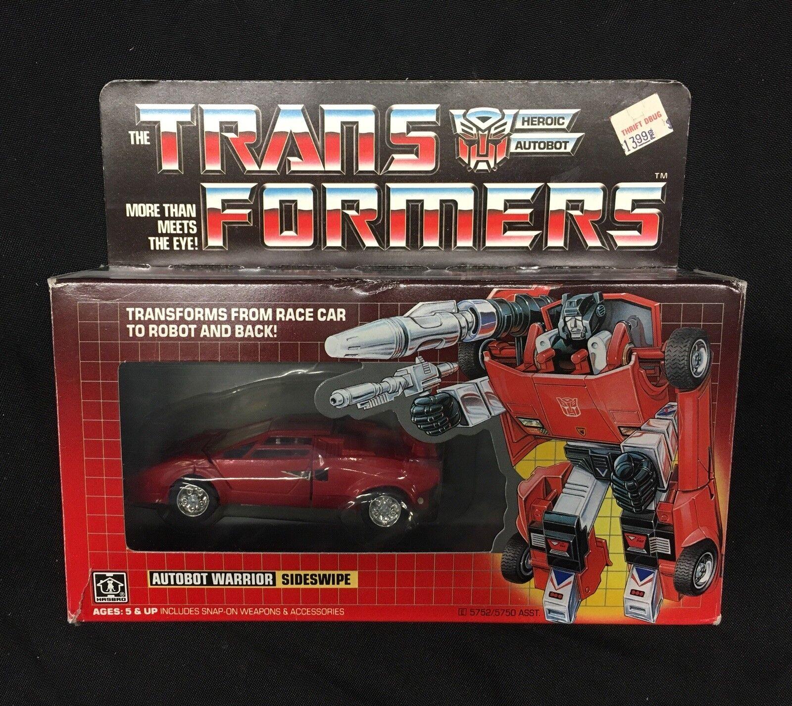 Hasbro Transformers -Carbot Warrior Sideswipe - 1984 G1 SAAH01
