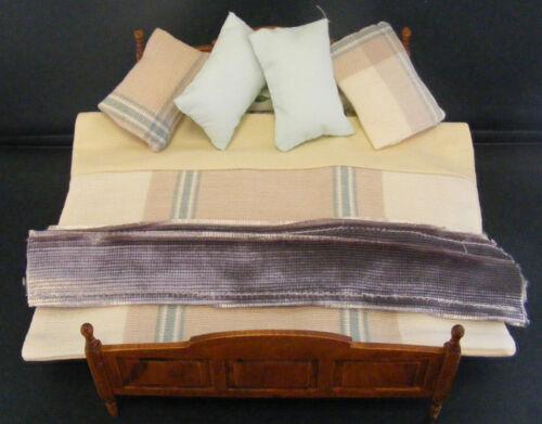 letto per casa di bambole tumdee MI SCALA 1:12 fatto a mano doppio piumone /& piè di pagina camera da letto