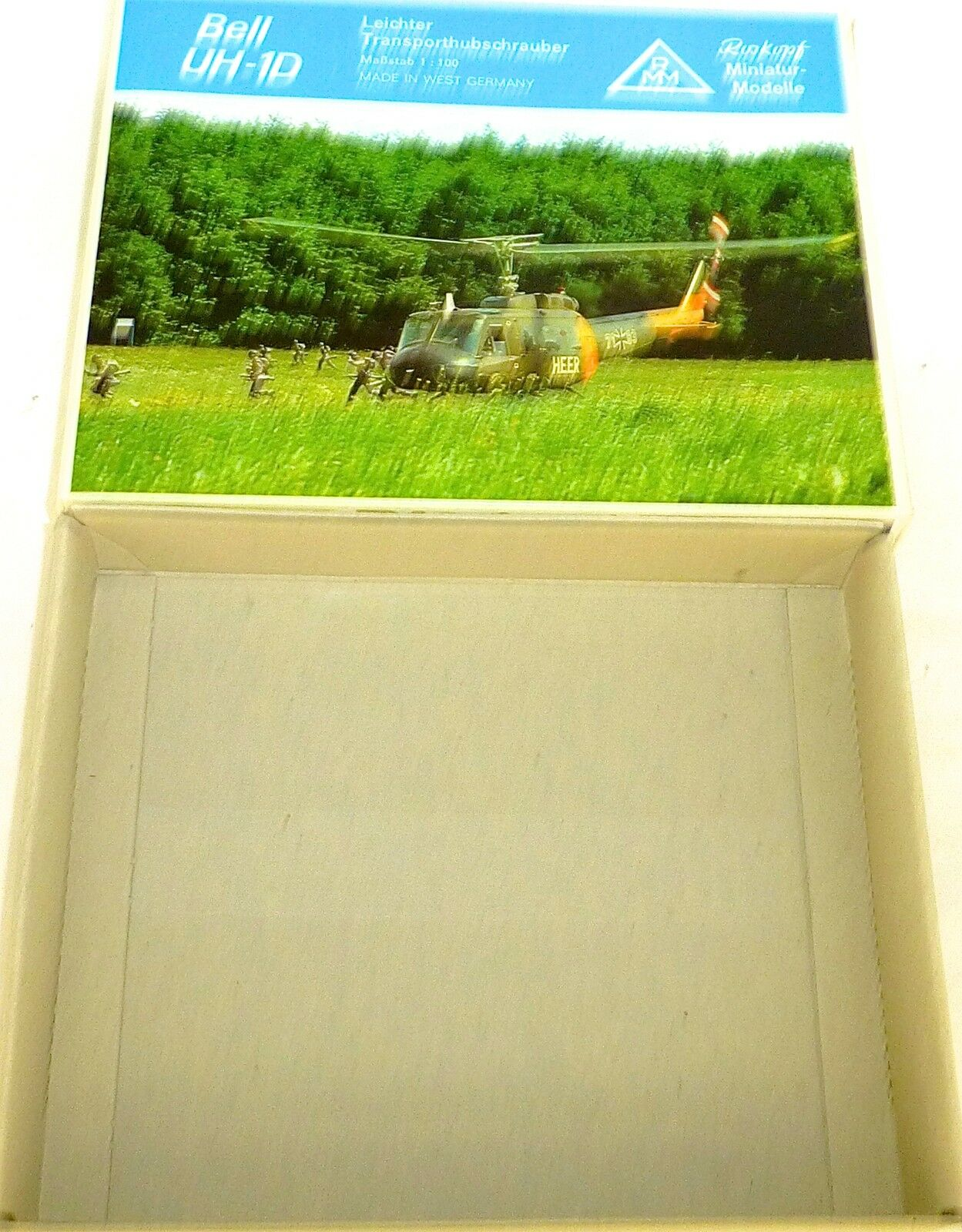 Bell UH-1D Helicopter Roskopf 41 only the Empty Carton Empty Box HQ4 Å