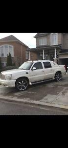 2003 AWD Cadillac Escalade EXT