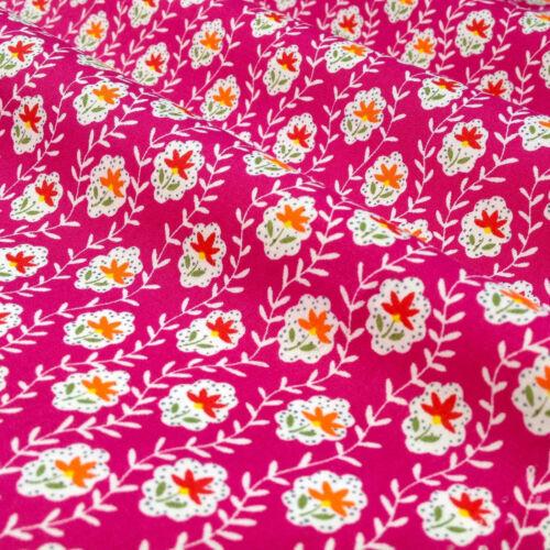 per 1//2 Mtr//fat quarter DARLING floral fabric 100/% cotton dressmaking craft