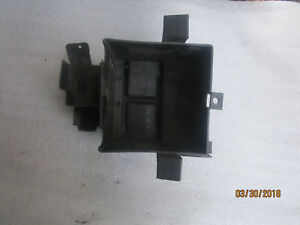 G-Honda-CB-900F-Boldor-SC01-Compartimento-de-la-Bateria-Caja-Cubierta-Soporte