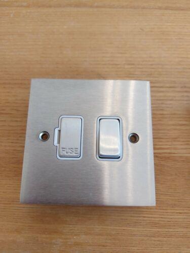 Hamilton96SPSC//WH Cheriton Victoria Satin Chrome 13a Fused Switch White inserts