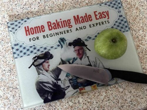 Jesse Pinkman and Walter White Baking Breaking Bad KiSS Chopping Board 30s 4
