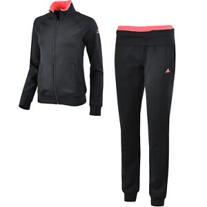Adidas Trainingsanzüge mit Druck auf Jacke und Hose Bewi