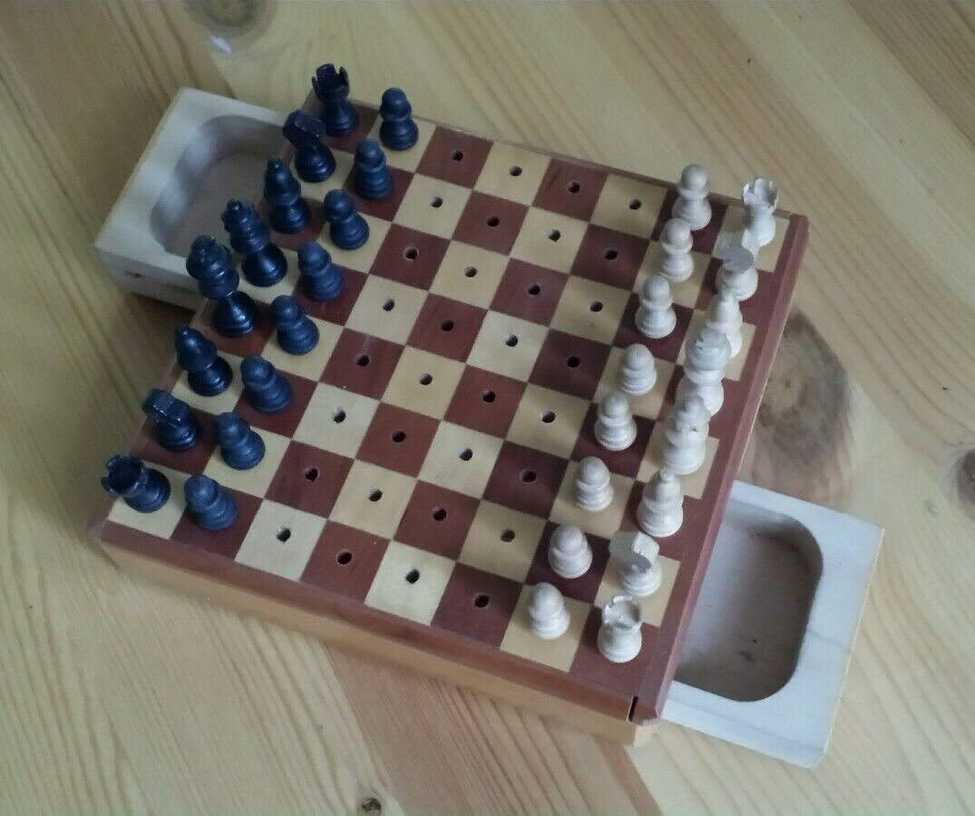 Vintage Mini Wooden Travel Chess Set c1960's, in good working order, see Scans.