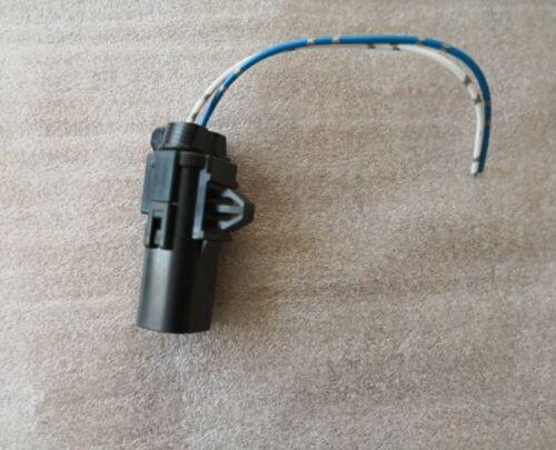 Outside Ambient Air Temperature Sensor Plug for Nissan Cube Leaf Juke NV3500