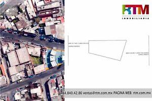 Terreno en Venta en La Calzada de Guadalupe (Atrás de La Gasolinera Shell)
