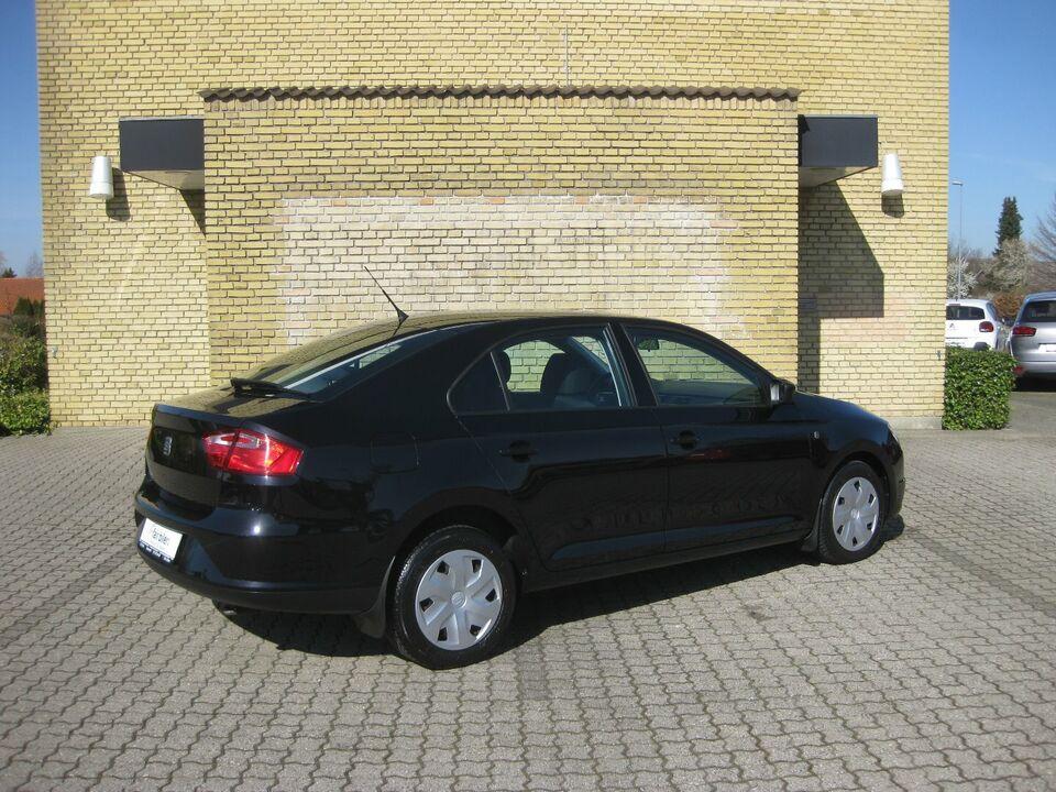 Seat Toledo 1,2 TSi 85 Reference Benzin modelår 2015 km