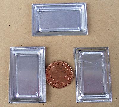 1:12 Scale 2 Shallow Medium Size Metal Trays Tumdee Dolls House Miniature Baking