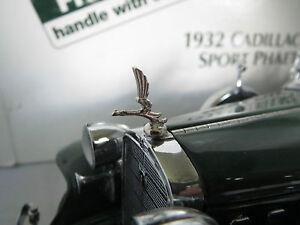 Franklin-Mint-Danbury-1-24-Cadillac-V-16-Metal-Hood-Ornament-Phaeton-V16-1932