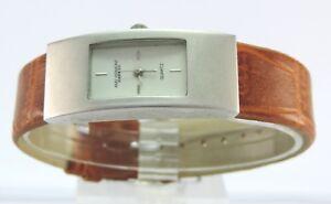 Das Bild wird geladen Amy-Vermont-Design-Damen-Armbanduhr-Quartz cb458fad1b