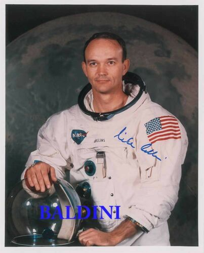 GREAT SPACE STILL IMAGE MICHAEL COLLINS SIGNED 10X8 PHOTO LOOKS GREAT FRAMED