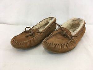 357fde7dda Image is loading UGG-5296-Big-Kid-USA-sz-5-Suede-