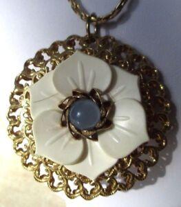 Pendentif Collier Bijou Vintage Double Face Couleur Or Fleur Blanche Perle 3459 Facile à RéParer