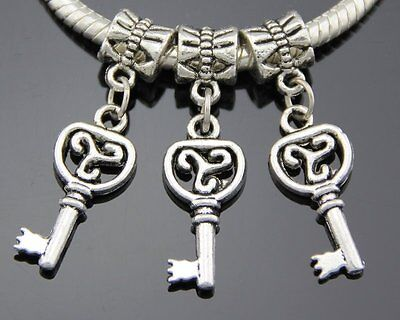30pcs //Lot Silver Plated Heart Dangle Charms Fit European Charm Bracelet SY17