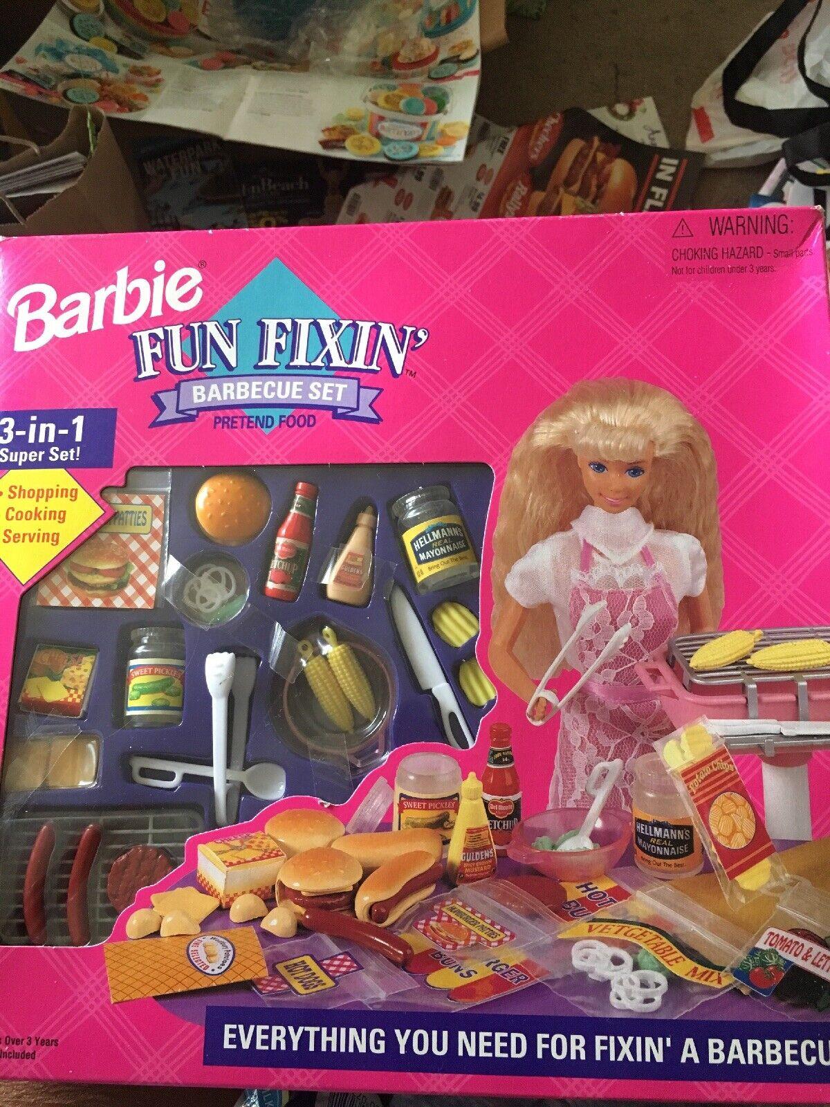 Barbie Fun Fixin' Barbecue Set