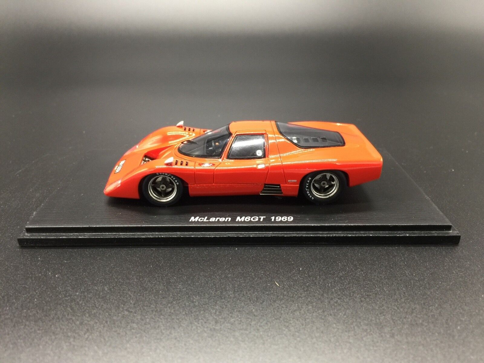 Spark S3113 McLaren M6GT 1969 - 1 43 Scale