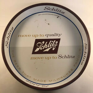 Vintage-1958-Schlitz-Beer-12-in-Round-Serving-Tray-Beer-That-Made-Milwaukee-Fam