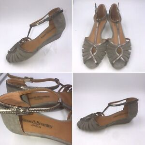Russell-amp-Bromley-Size-5-38-Brown-Suede-amp-Leather-Wedge-Peeptoe-Sandals-Womens