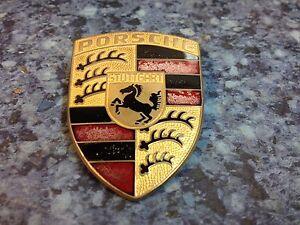 Porsche-924-944-1975-1991-Metal-Badge-Emblem-90155921020