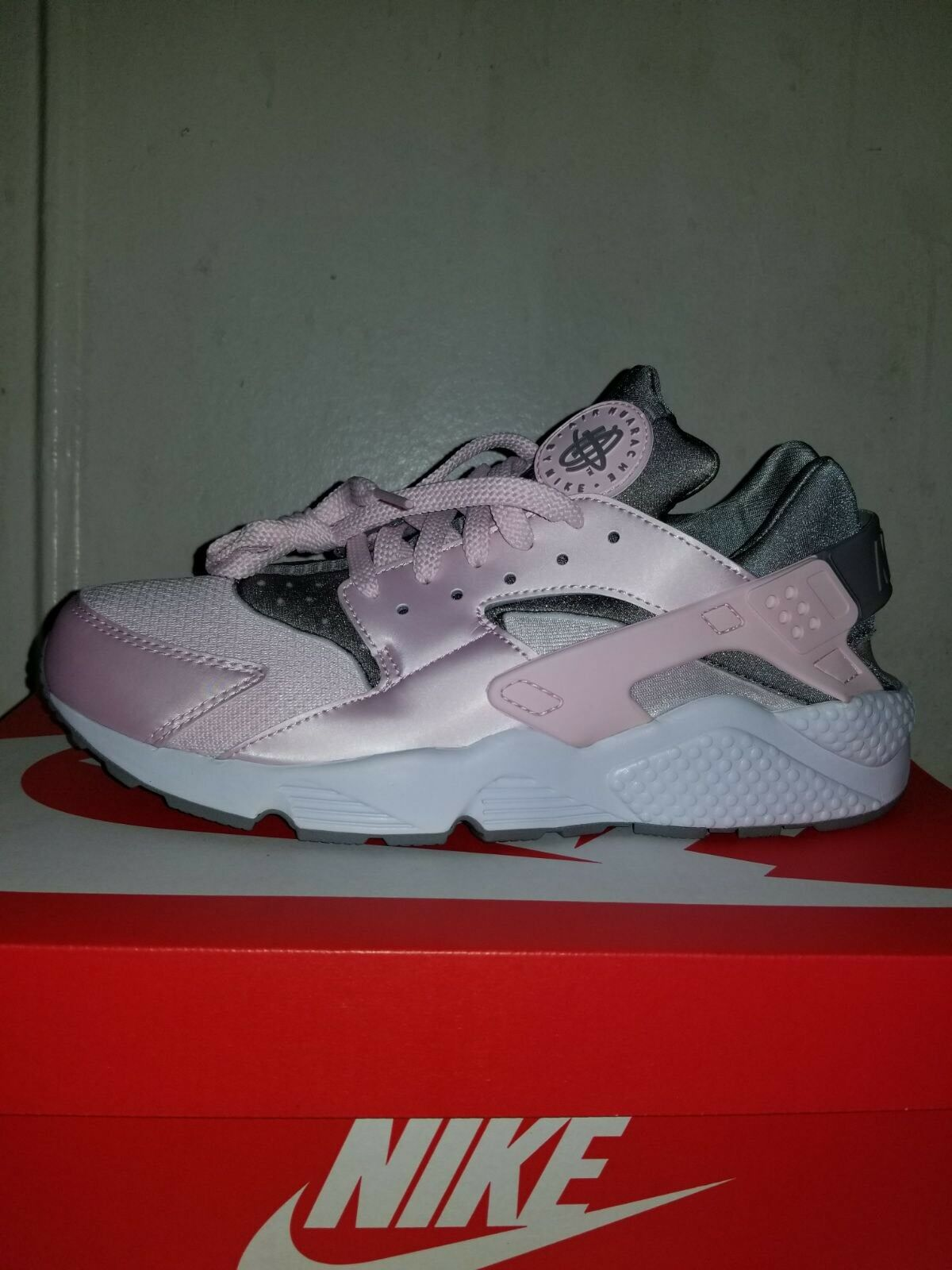 Nike Air Huarache Men's 10.5 Sneakers Arctic Pink Dust White 318429610