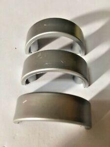 Stock-Tre-pezzi-maniglie-pomoli-cassetti-interasse-30-mm-in-ABS-cromo-satinato
