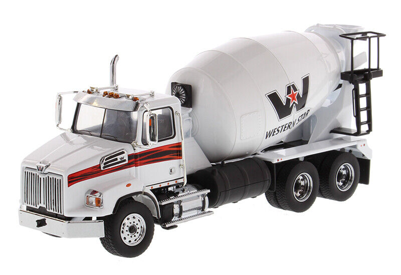 Diecast Masters 71035 Western Star 4700 SB Concrete Mixer Truck Scale 1 50