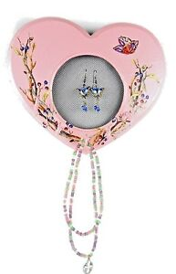734 x 512 Handmade Hanging Heart Pink Wood Frame Jewelry