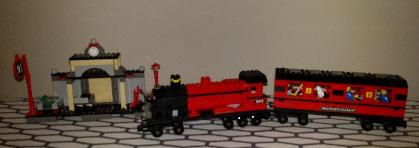 LEGO Harry Potter  Hogwarts Express  (4708) Pre owned  economico e di alta qualità