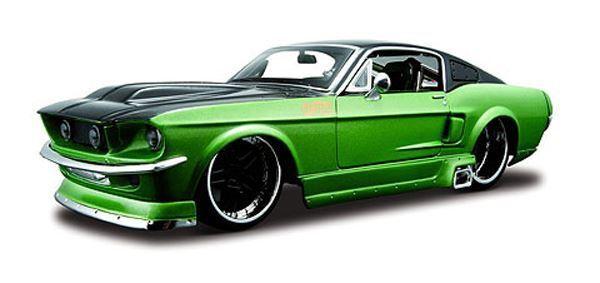 MAISTO 1 24 SCALE 1967 FORD MUSTANG GT GARAGE KIT MODEL   BN   39094GR