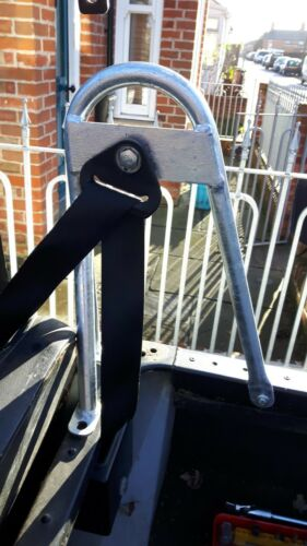LAND ROVER SOFT TOP RAISED UPPER SEAT BELT MOUNTING series2//3