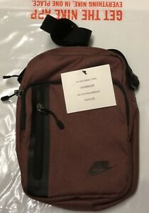 NIKE TECH SMALL ITEMS MEN BAG BRAND NEW WITH TAGS