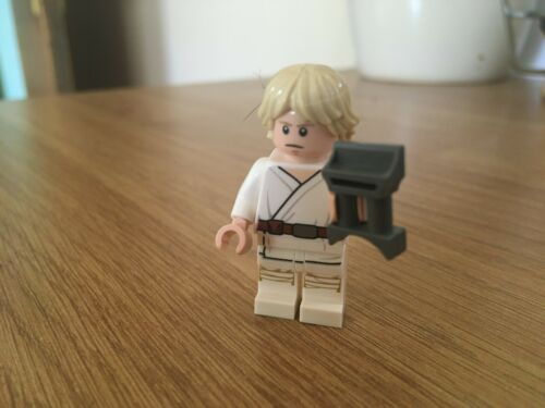LEGO Star Wars  75270  LUKE SKYWALKER FIGURE.BRAND NEW