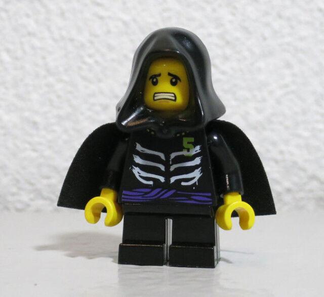 lego ninjago young lloyd garmadon minifigure 9457 9552 9443 ebay