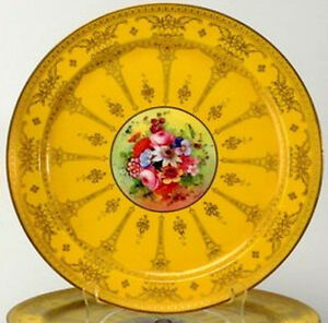 Hand-Painted-Flowers-Royal-Worcester-10-5-inch-Dinner-Plates-Signed-034-BARKER-034
