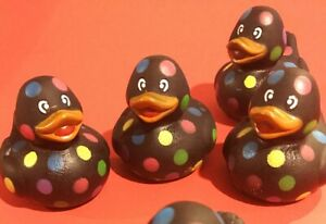 lot-of-6-Toy-Rubber-Ducks-Duckie-black-polka-dot-squeaky-squeeze-HALLOWEEN-ducky