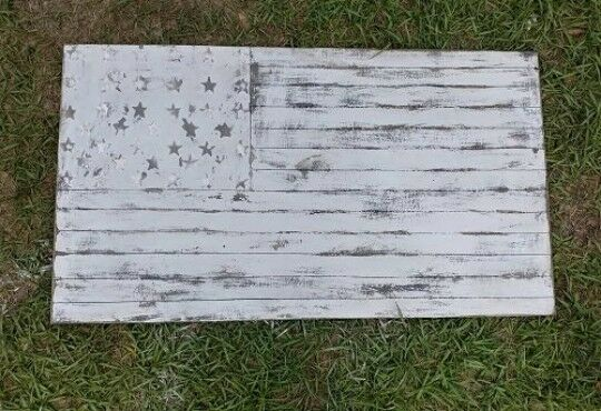 Vintage look rustic farmhouse Weiß texturot and Distressed American Flag Wall d