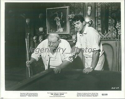 BURL IVES AND JAMES DEAN IN 1954-8X10 PUBLICITY PHOTO DD991