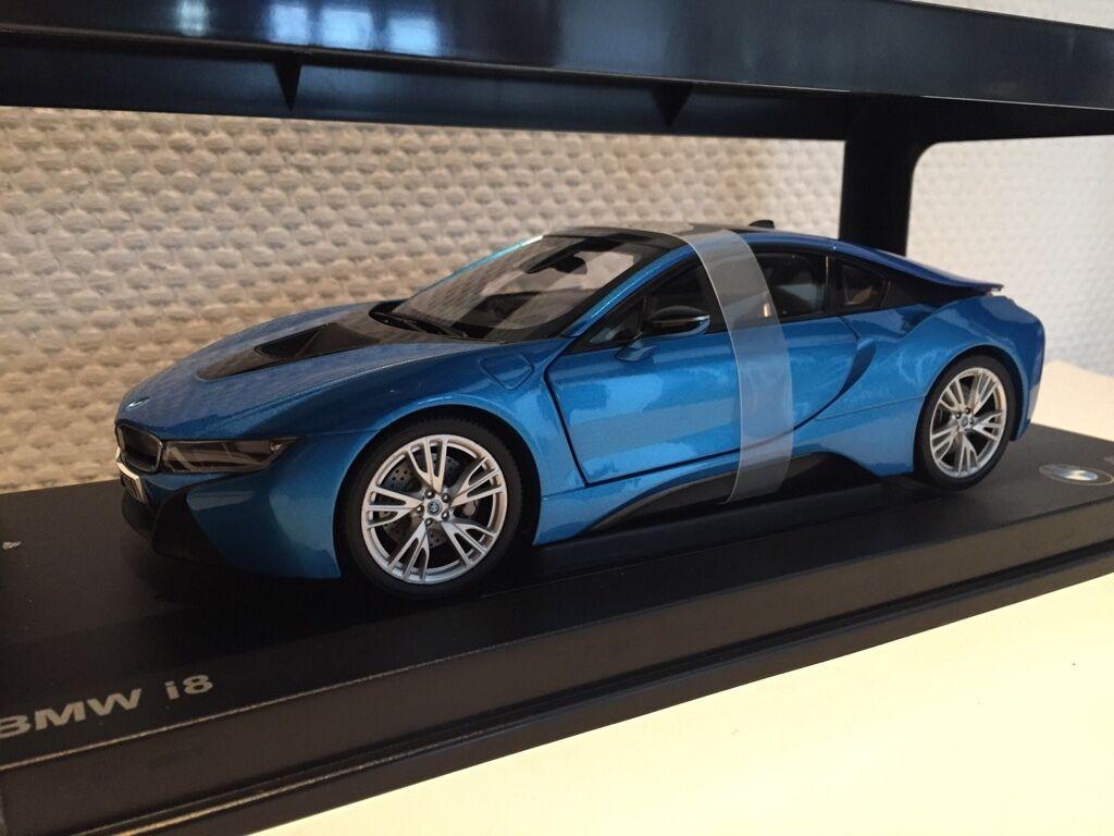 BMW i8 bleu 1 18 paragon BMW Nouveau & OVP