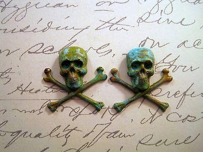 Small Verdigris Patina Skull And Crossbones Stampings (2) -VPFFA4125