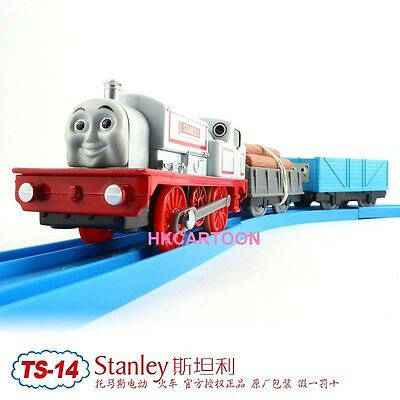 TOMY TRACKMASTER THOMAS & FRIENDS TS-14 STANLEY WITH 2 TRUCKS MOTORIZED TRAIN